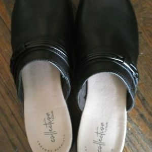 Clarks Shoes - Clark's size 8 NWT clogs